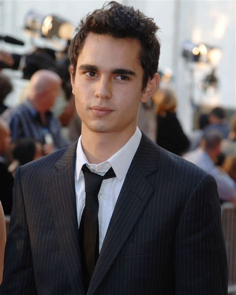 News: Max Minghella Joins Serial Pictures for Commercial