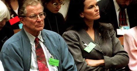 Father of Nicole Brown Simpson Dies